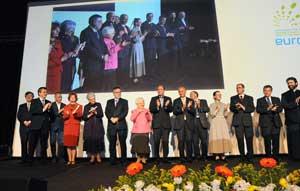 2012_manifesto_2012b